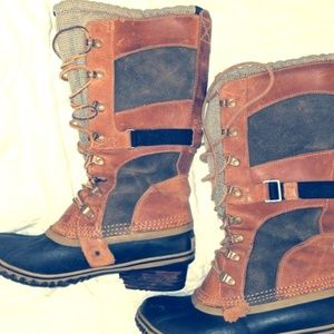 Sorel Conquest Carly Golash Leather Boots sz 8